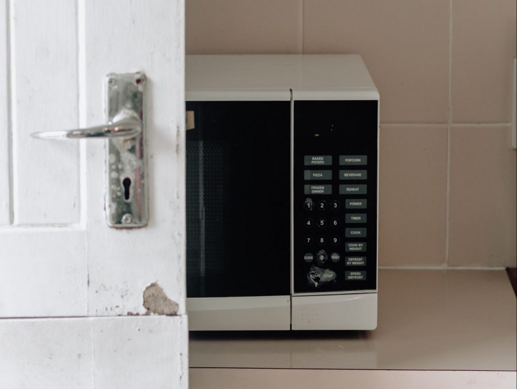 best microwave for small spaces